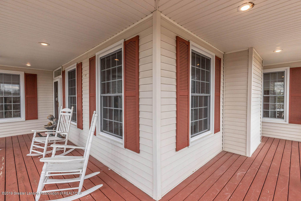 3300 Hollow Spring Dr - porch - 14
