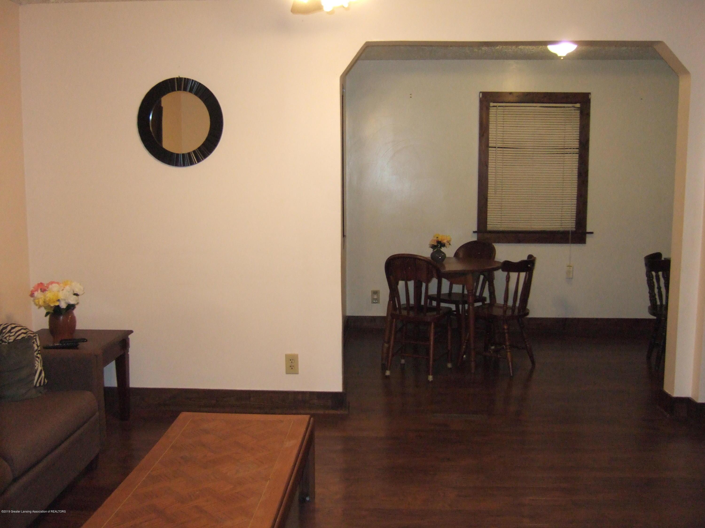 423 W Hillsdale St - Living Room - 3
