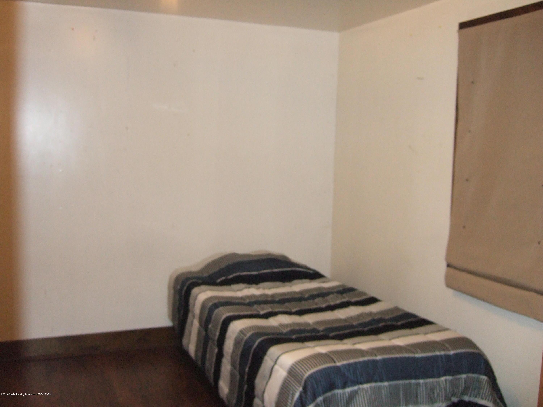 423 W Hillsdale St - 1st Floor Bedroom - 15