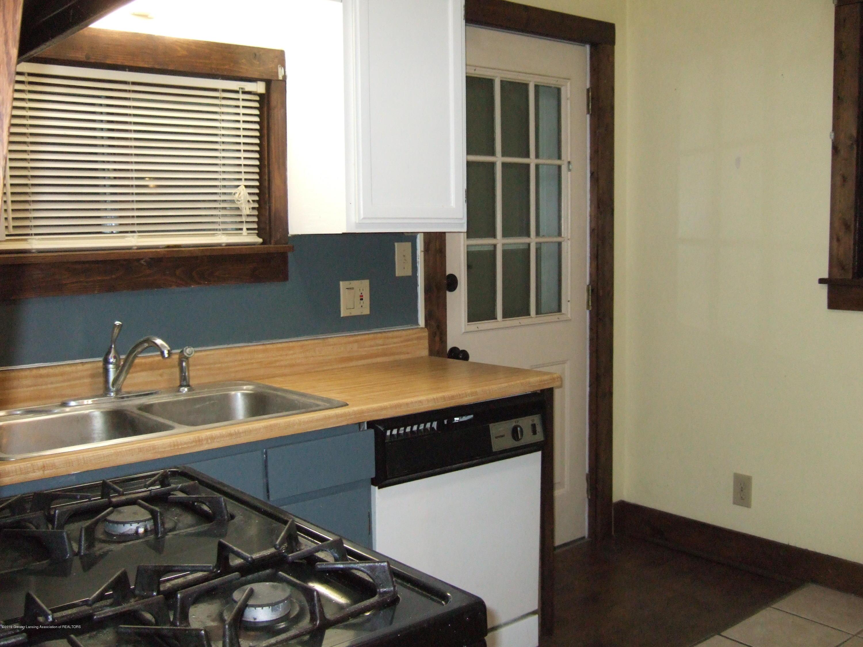 423 W Hillsdale St - Kitchen - 12