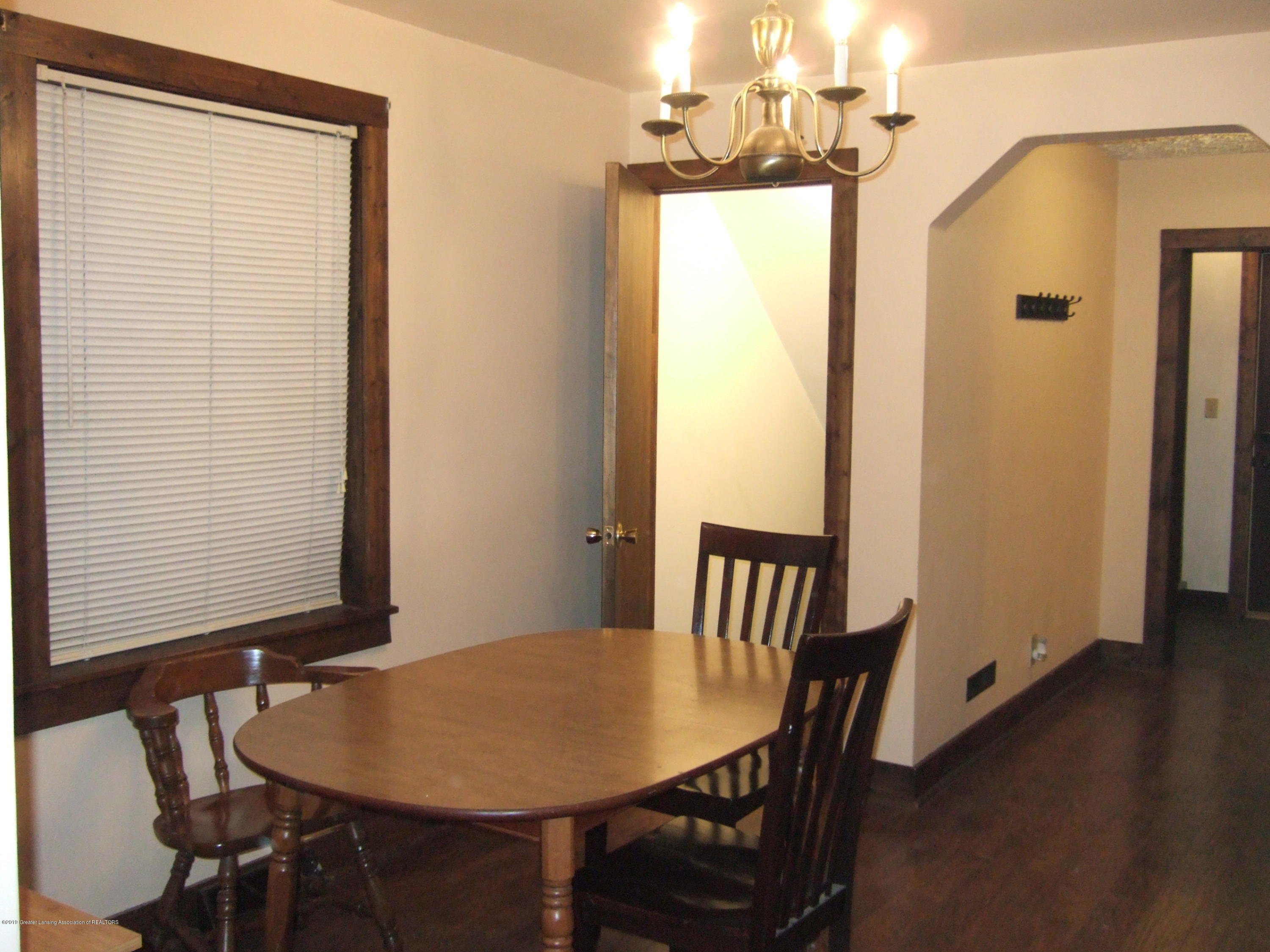 423 W Hillsdale St - Dining Room - 9