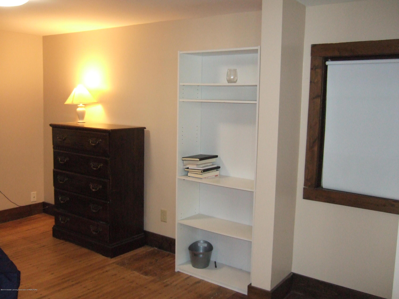 423 W Hillsdale St - Master Bedroom - 22