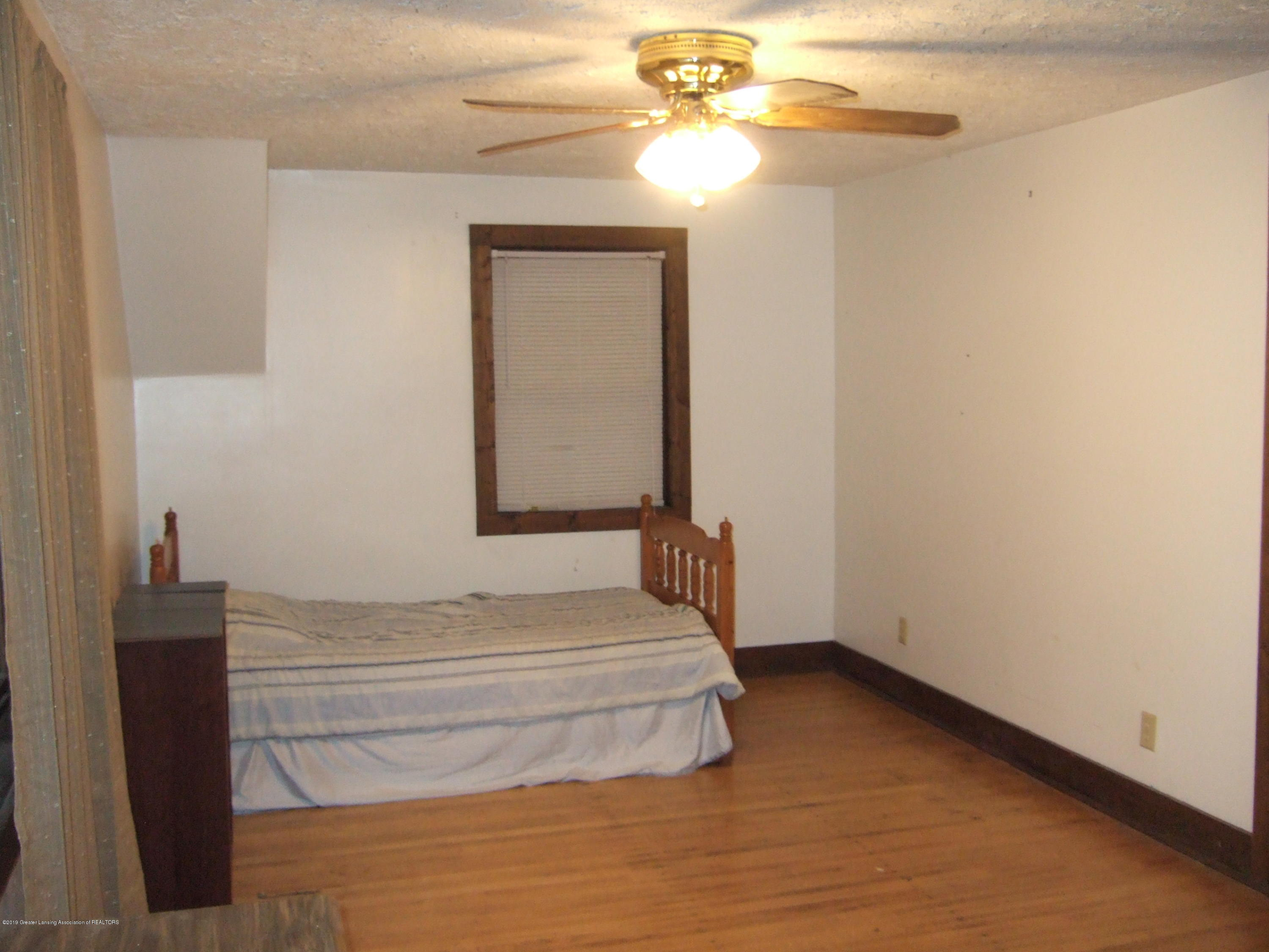 423 W Hillsdale St - 4th Bedroom - 30