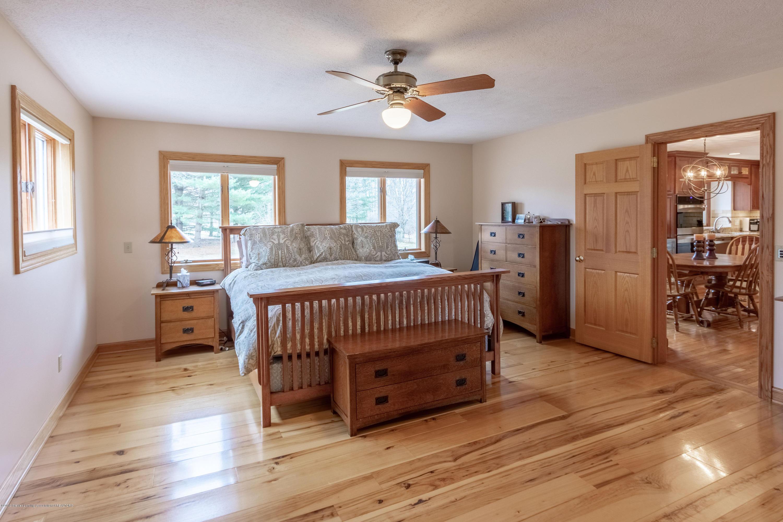 7200 Oak Hwy - 7200 OAK HWY MASTER BEDROOM - 9
