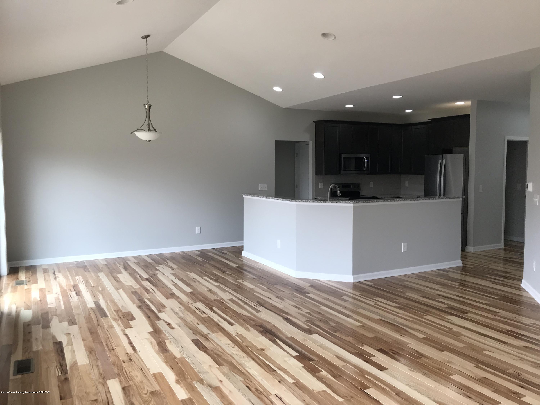 1391 Jackson Dr - Kitchen/Dining Room - 8