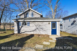 15872 Short St, East Lansing, MI 48823