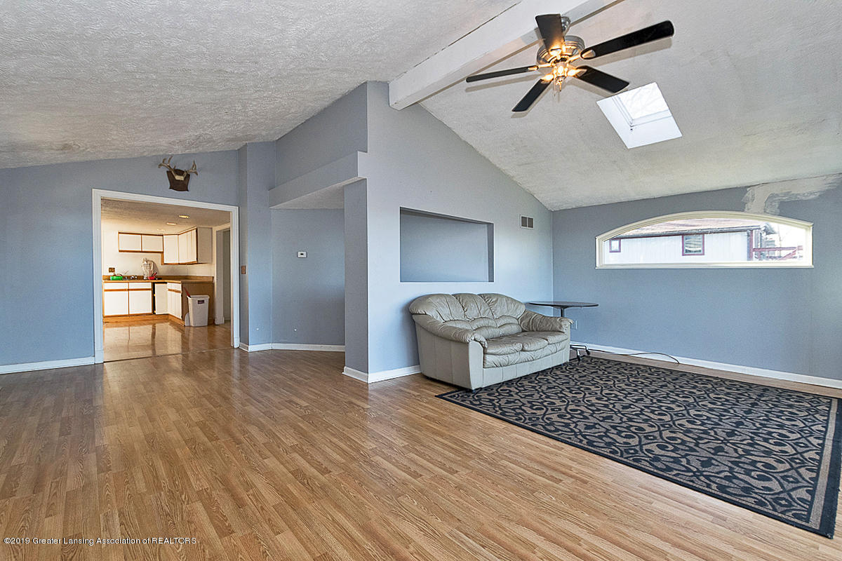 15872 Short St - Living and Kitchen - 12