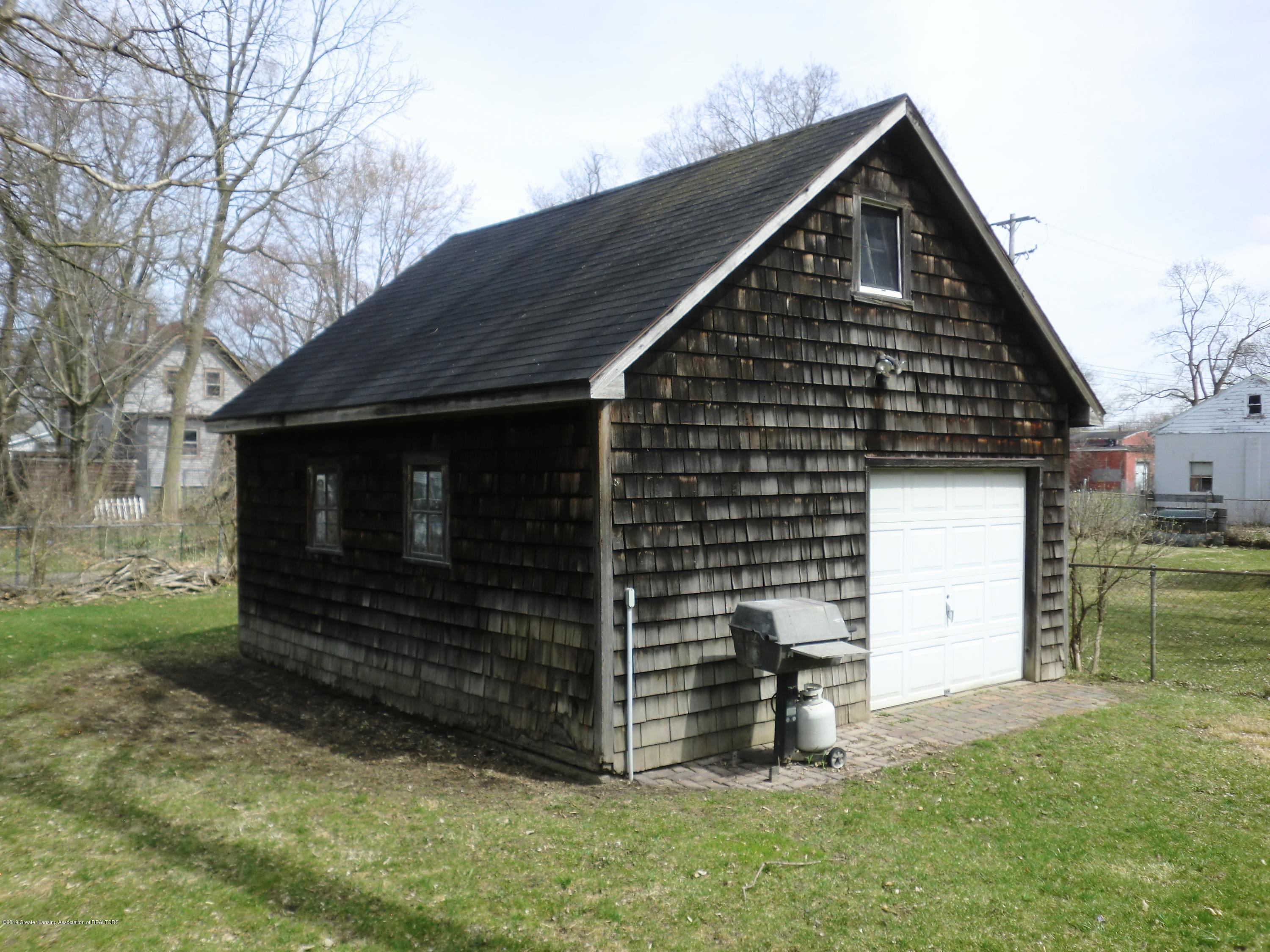 111 E Dwight St - Garage - 8