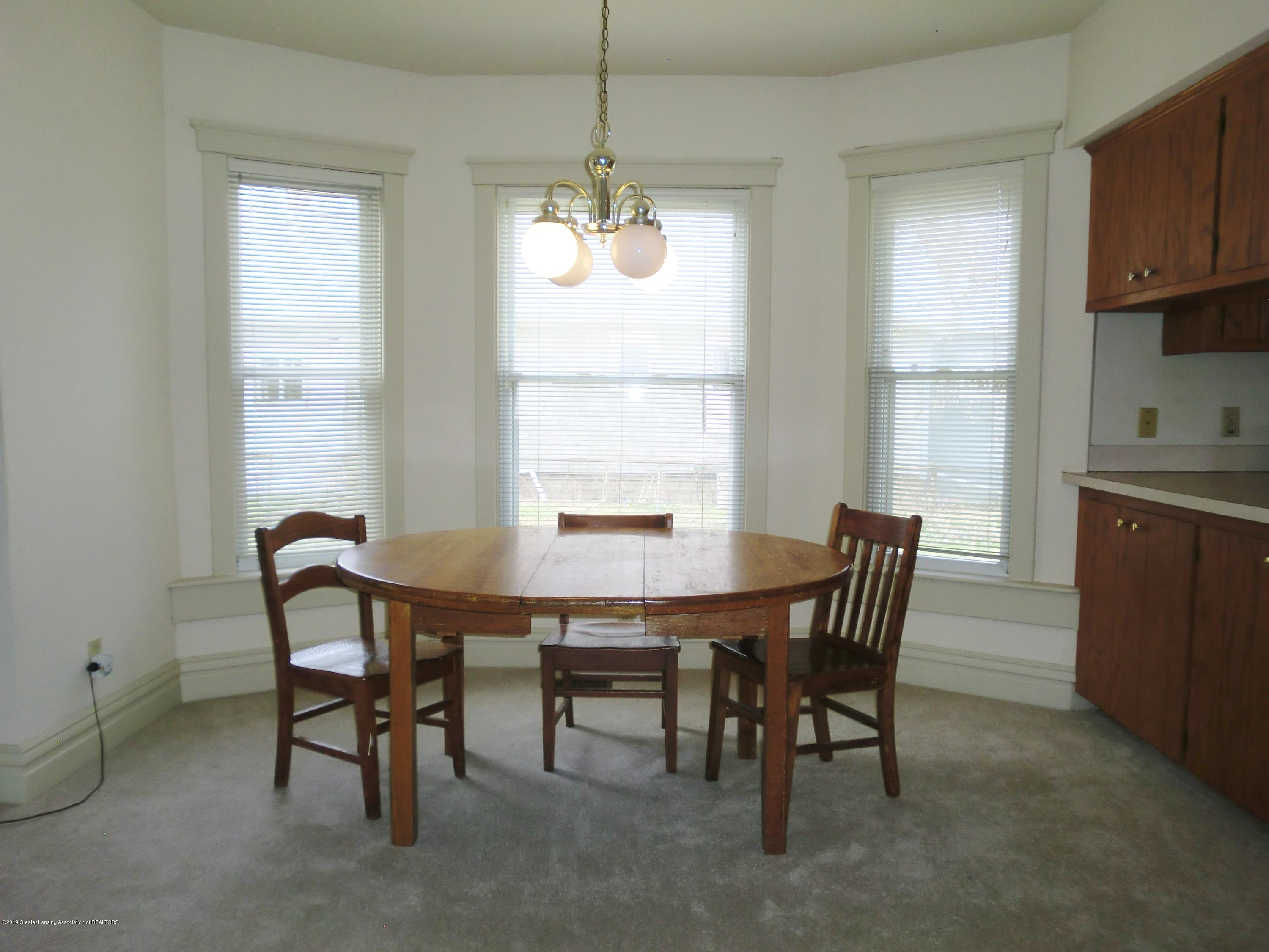 111 E Dwight St - Dining Area - 12