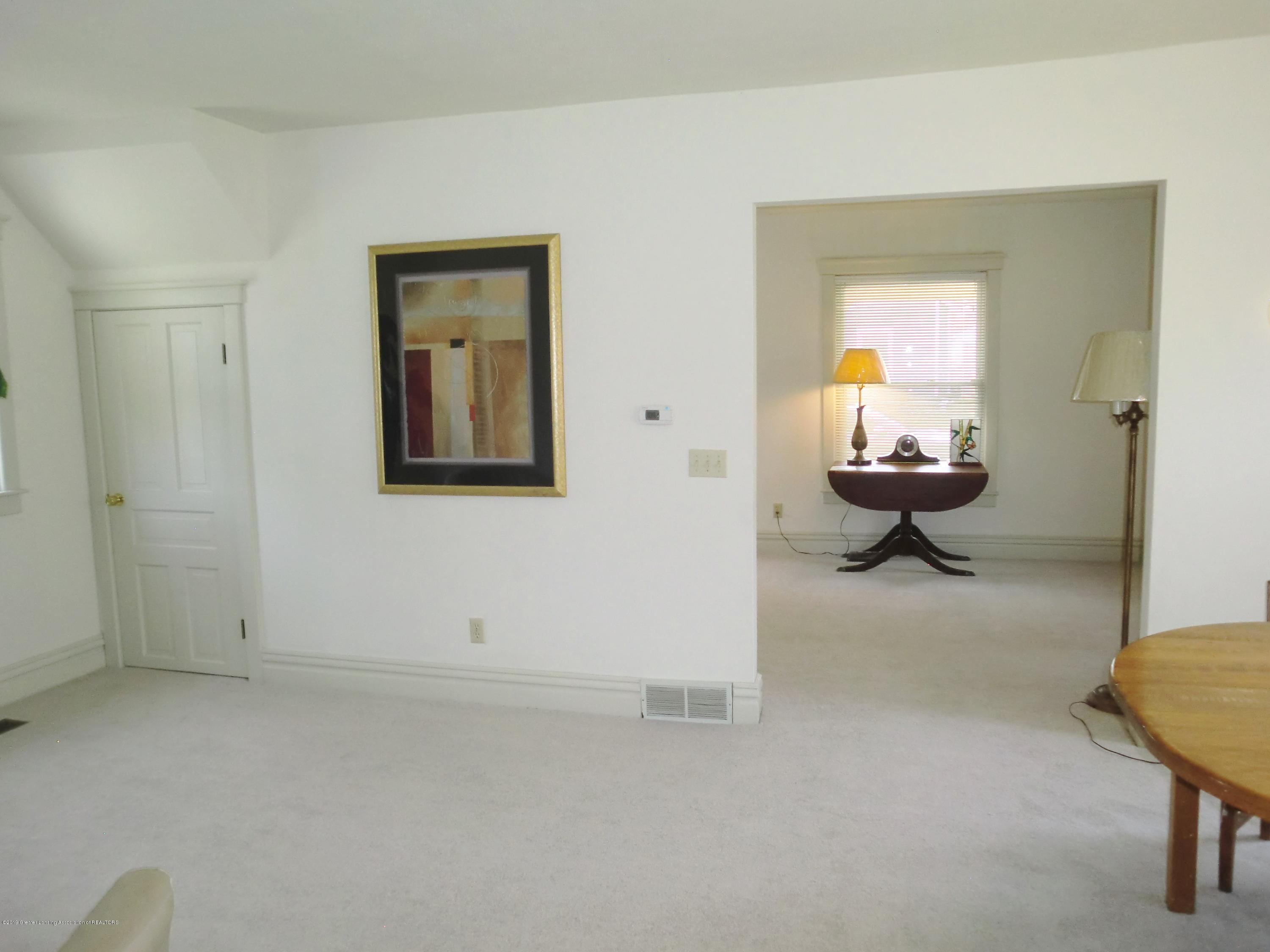 111 E Dwight St - Dining/Living Room - 17