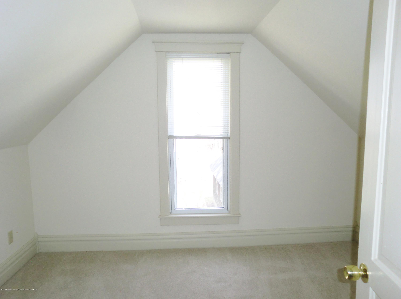 111 E Dwight St - Bedroom - 24