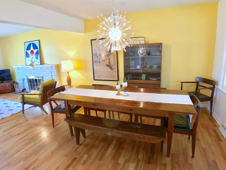 4437 Greenwood Dr - Dining Room - 8