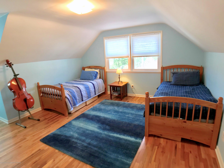 4437 Greenwood Dr - Second Floor Bedroom 2 - 26