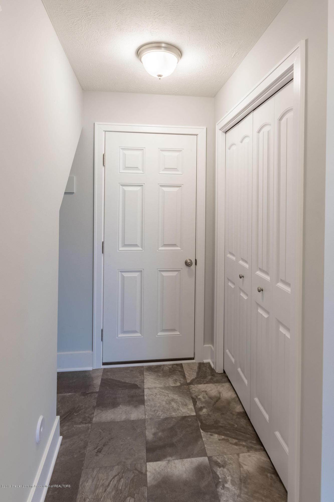 3852 Fossum Ln 11 - LL Garage Entrance - 30