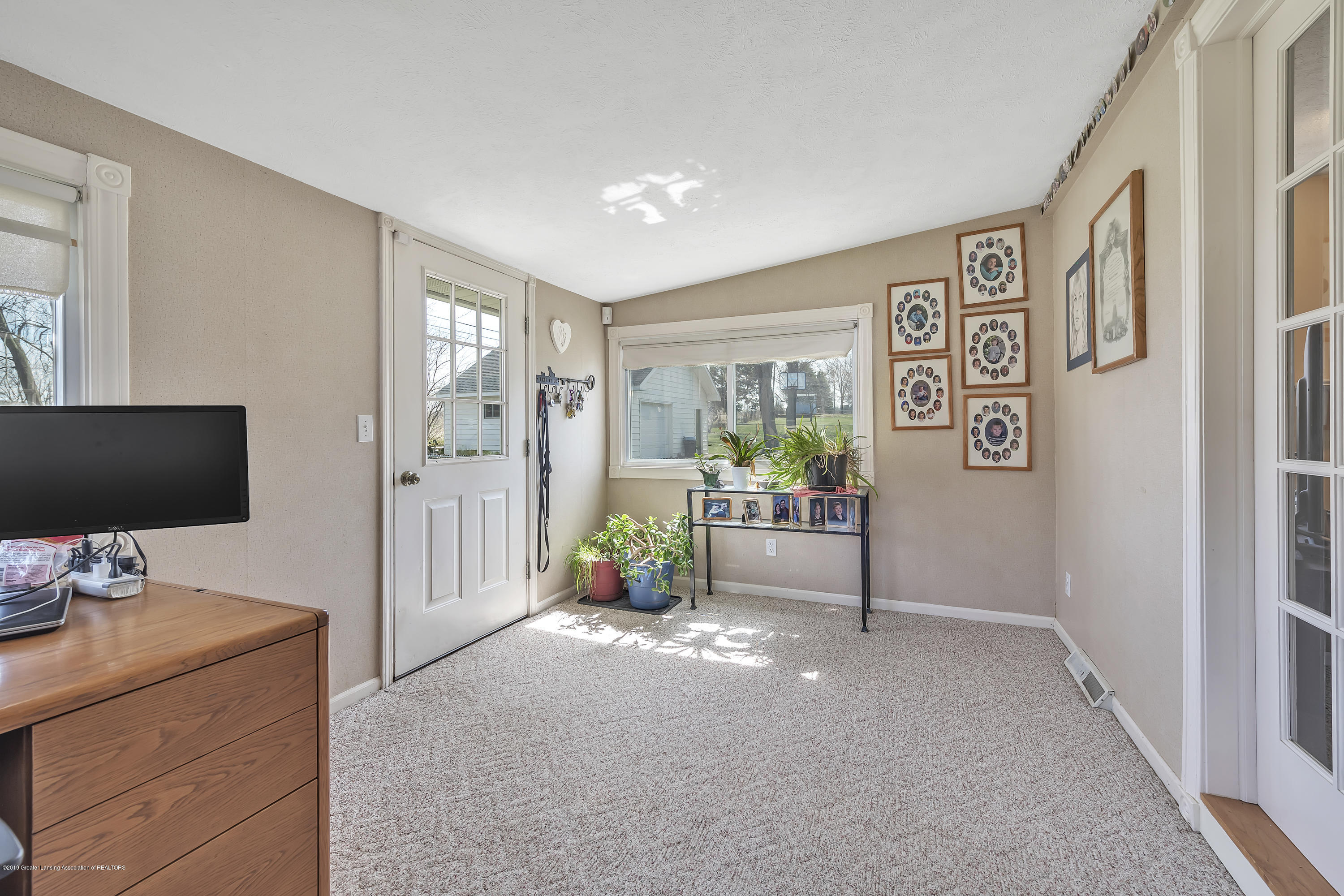 601 Raeburn Rd - Sunroom/office - 19