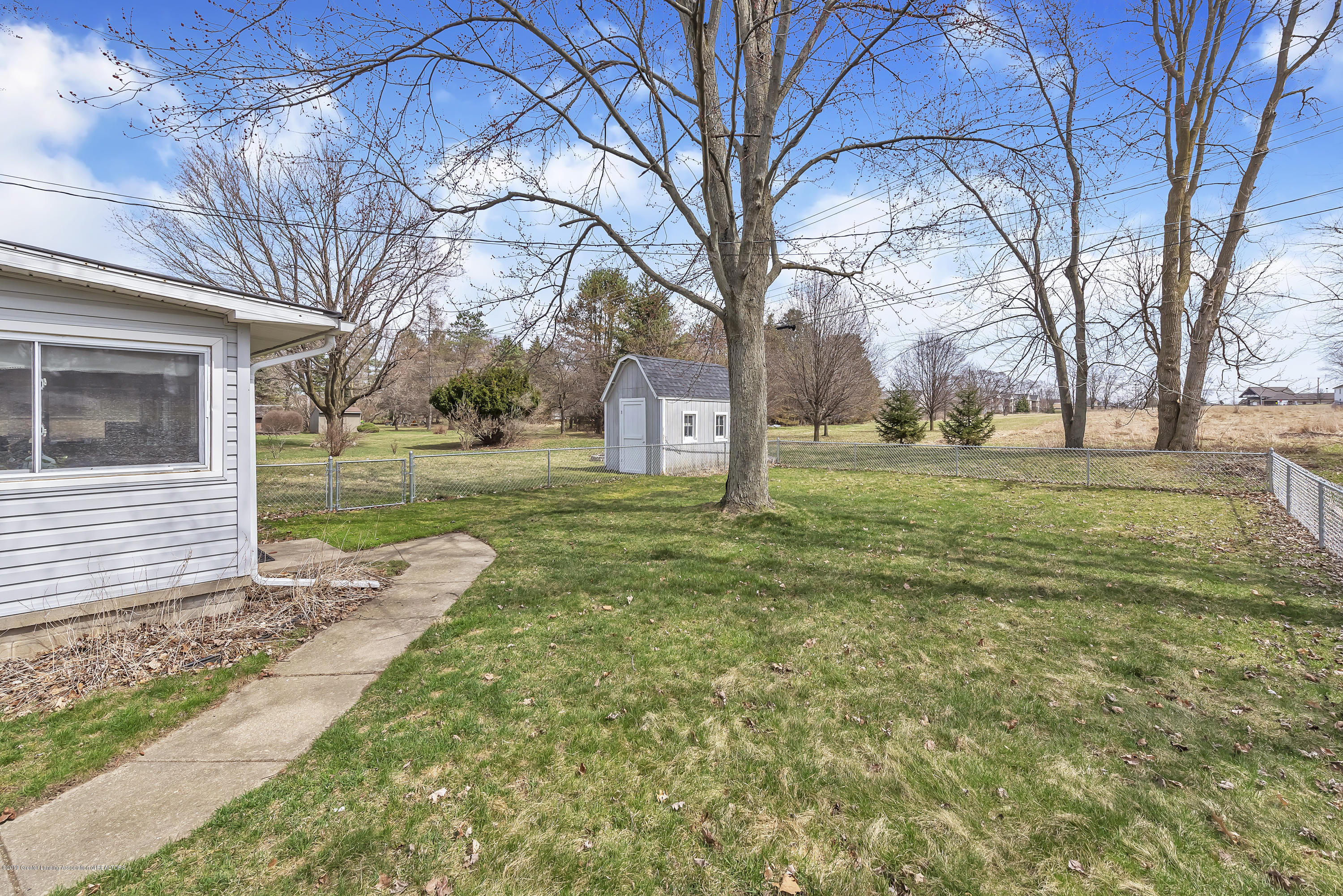 601 Raeburn Rd - 601-Raeburn-Road-Eaton-Rapids-Michigan-w - 40