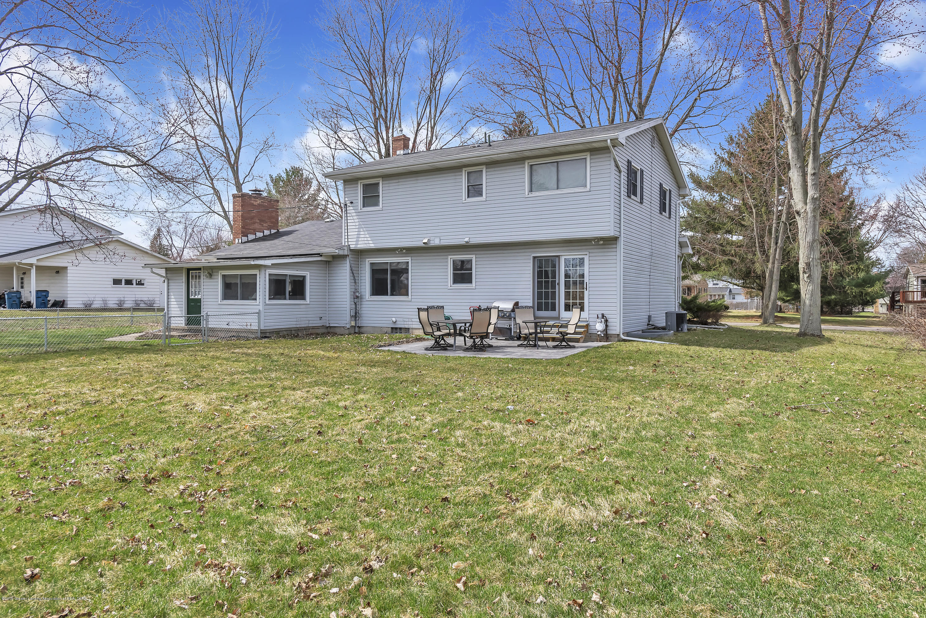 601 Raeburn Rd - 601-Raeburn-Road-Eaton-Rapids-Michigan-w - 43