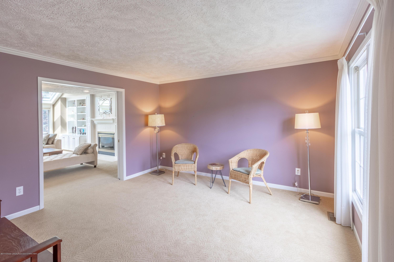 3065 Summergate Ln - Living Room - 12