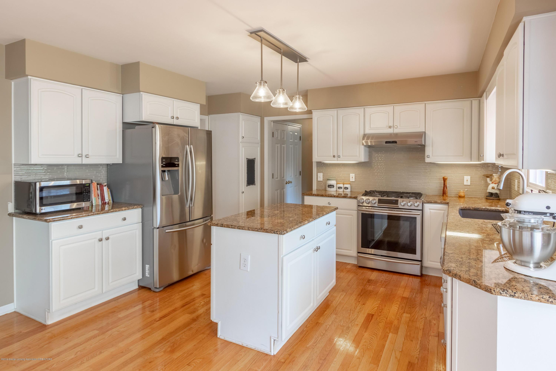 3065 Summergate Ln - Kitchen - 17