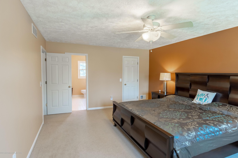 3065 Summergate Ln - Master Bedroom - 34