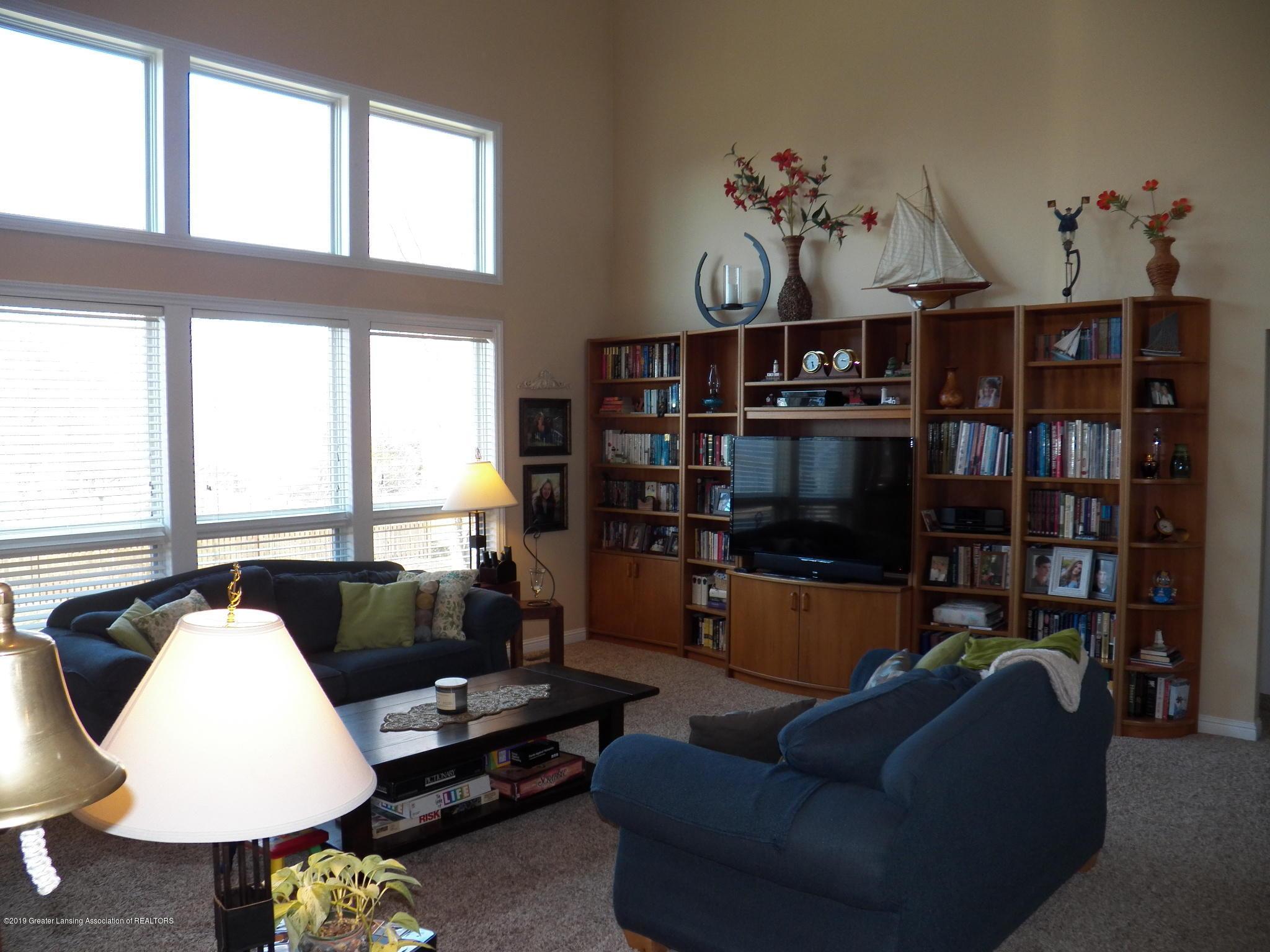 7387 Mallow Ln - living room - 3