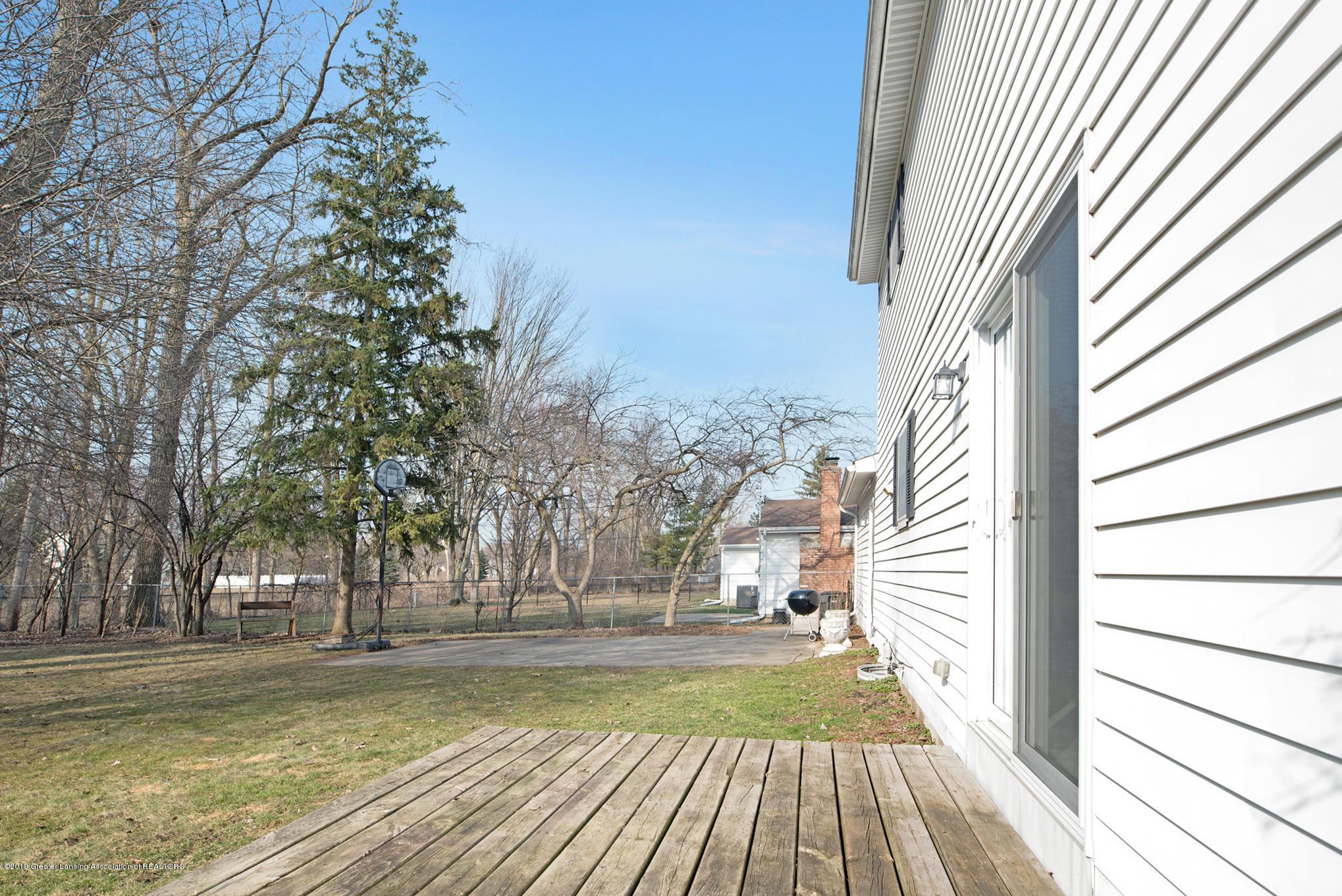 981 Ramblewood Dr - Backyard - 7