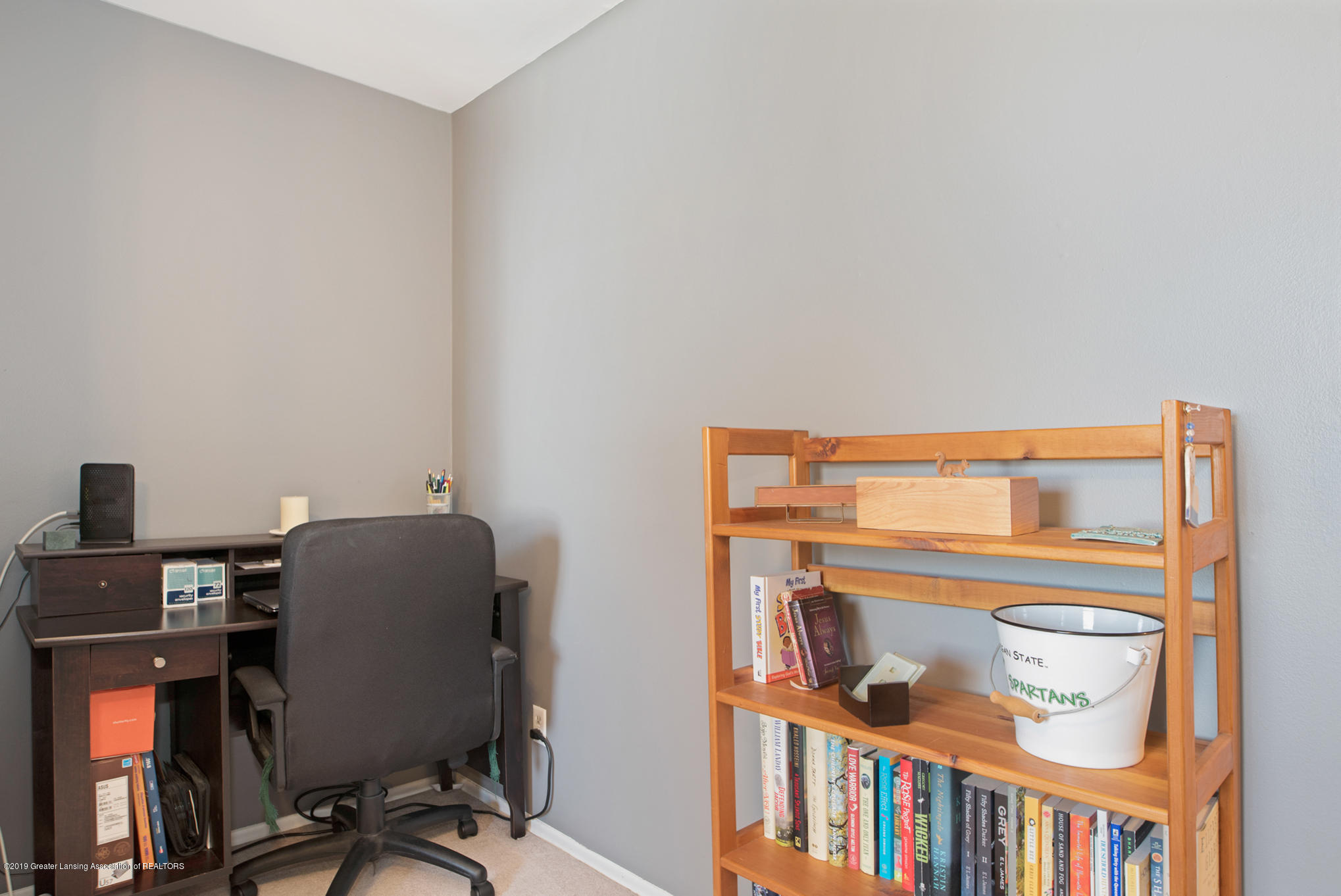 981 Ramblewood Dr - Office/ Bedroom 4 - 19