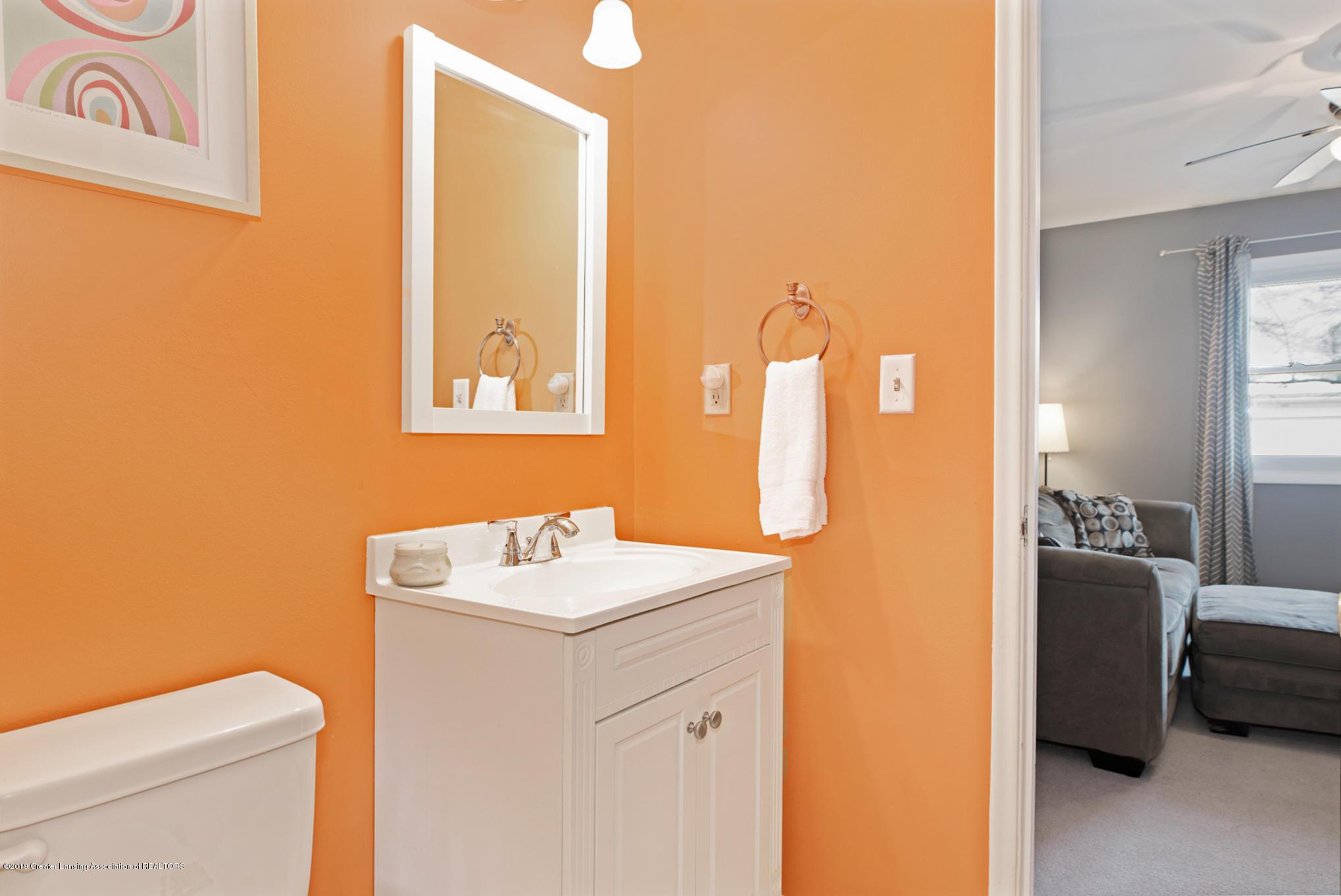 981 Ramblewood Dr - Bathroom 2 - 22