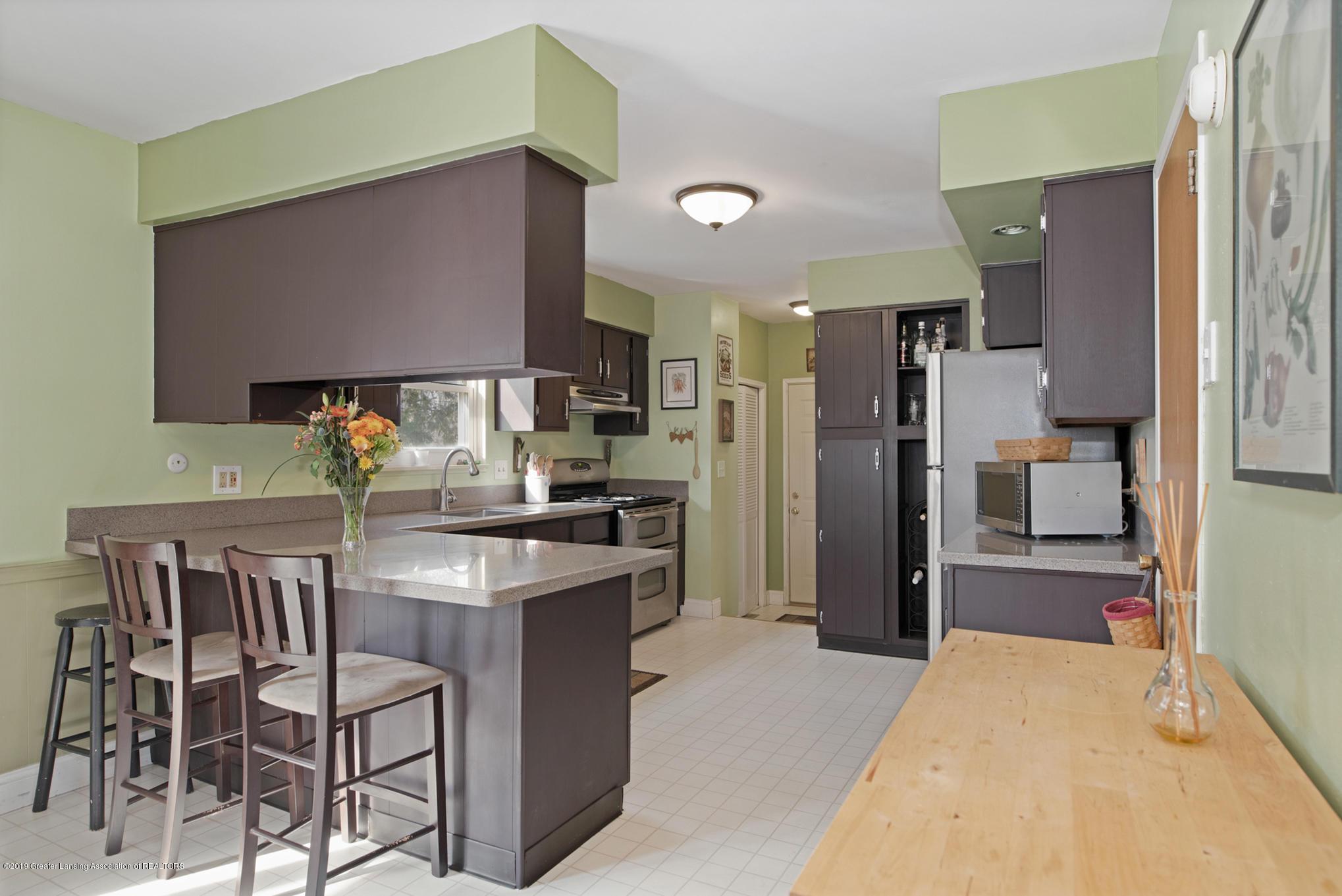 981 Ramblewood Dr - Kitchen - 9