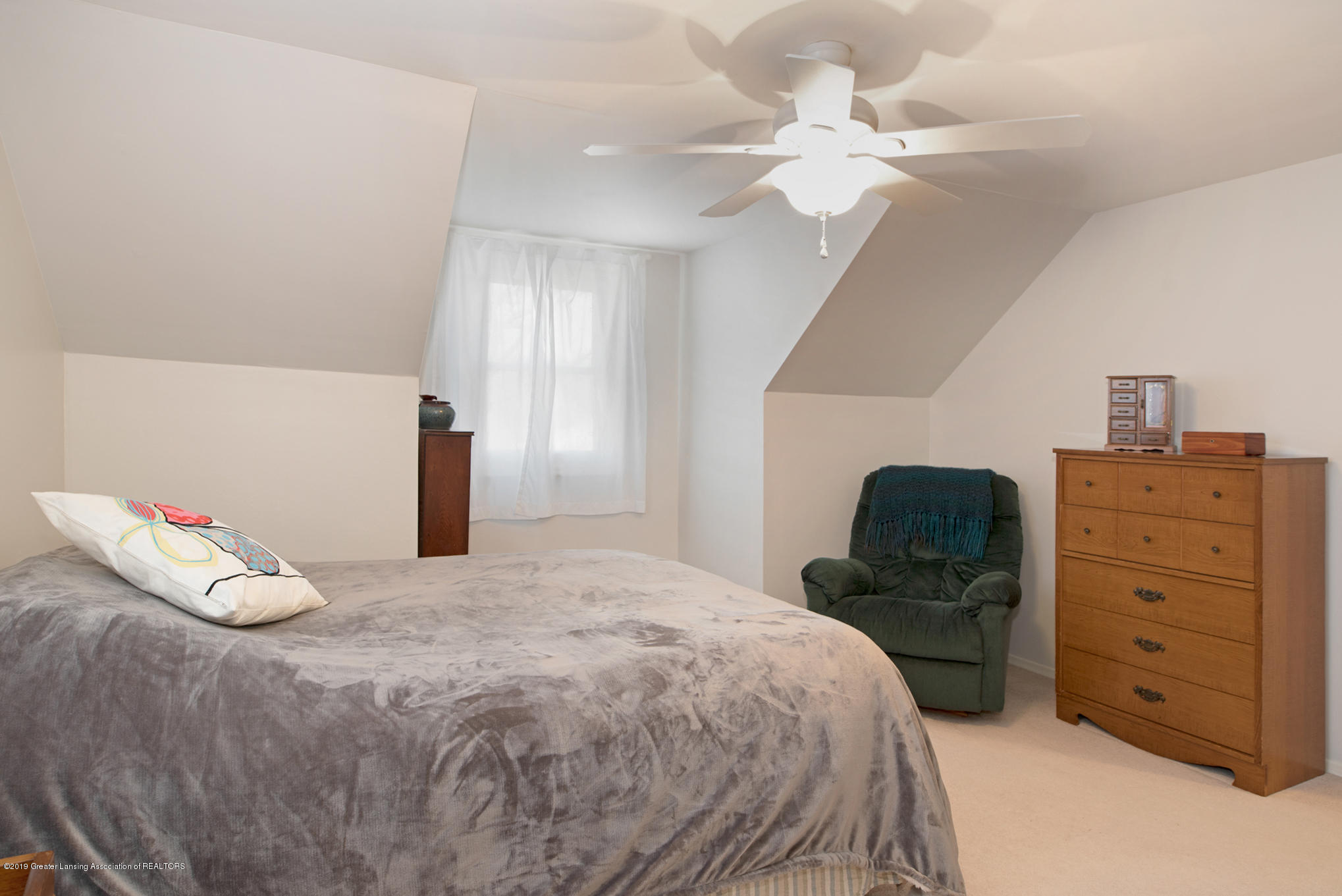 981 Ramblewood Dr - Bedroom 1 - 26