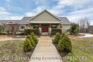 102 Turner Road, Williamston, MI 48895