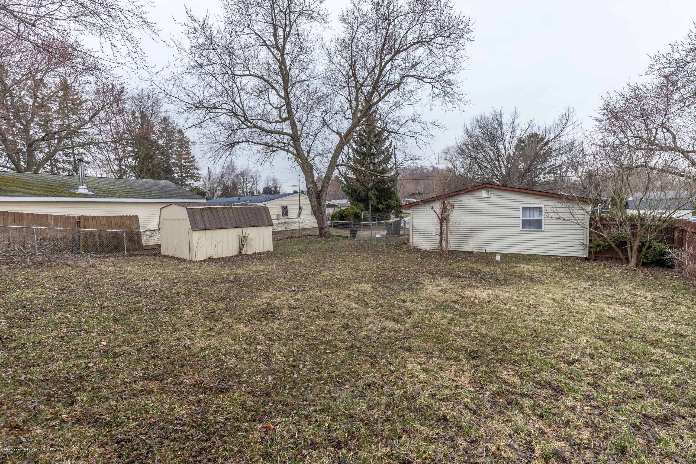 903 Pine St - Backyard - 22