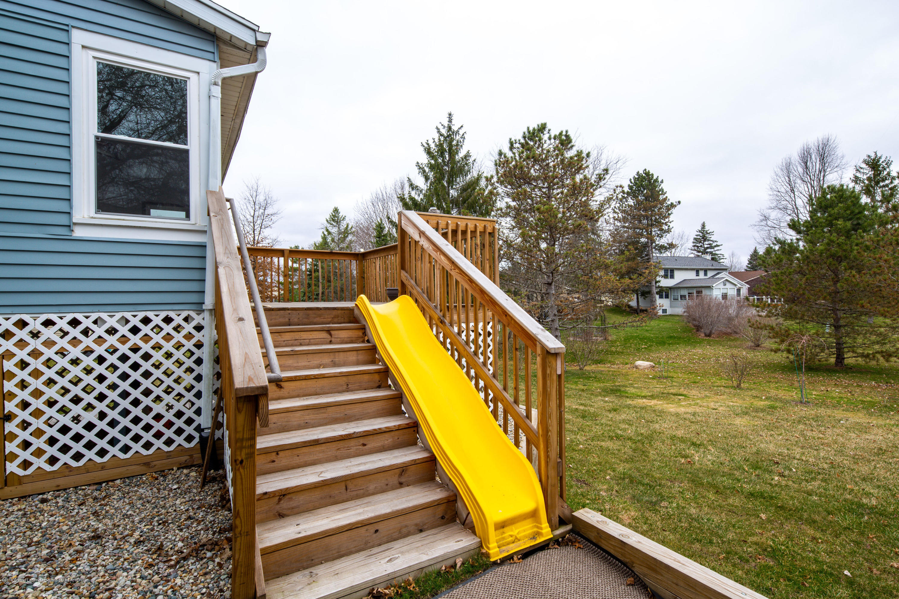 1710 Country View Dr - Back deck - 27