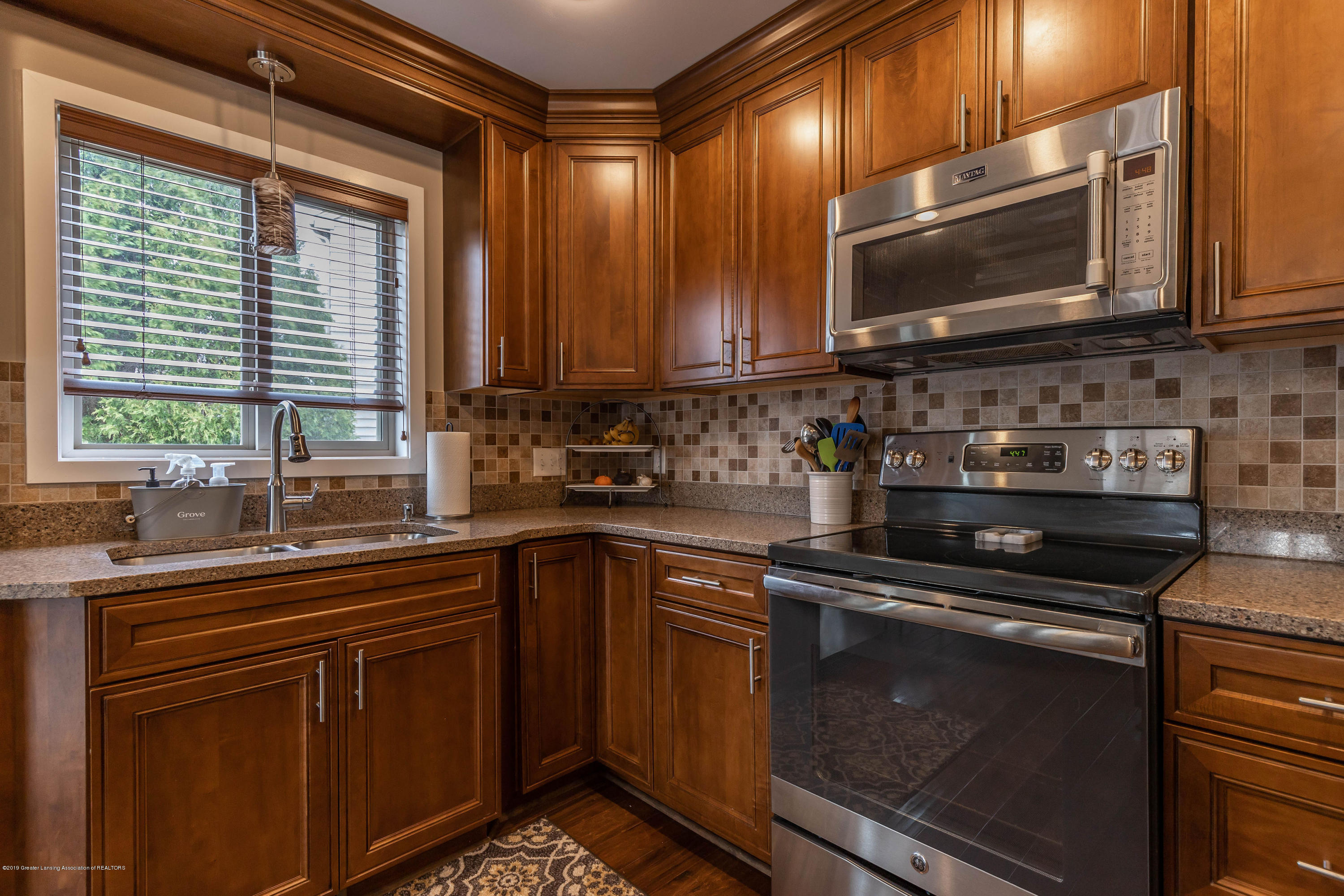 1701 Wyngarden Ln - Kitchen - 31