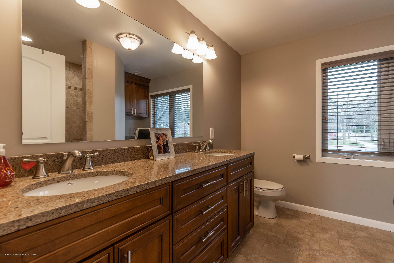 1701 Wyngarden Ln - Master Bathroom - 41