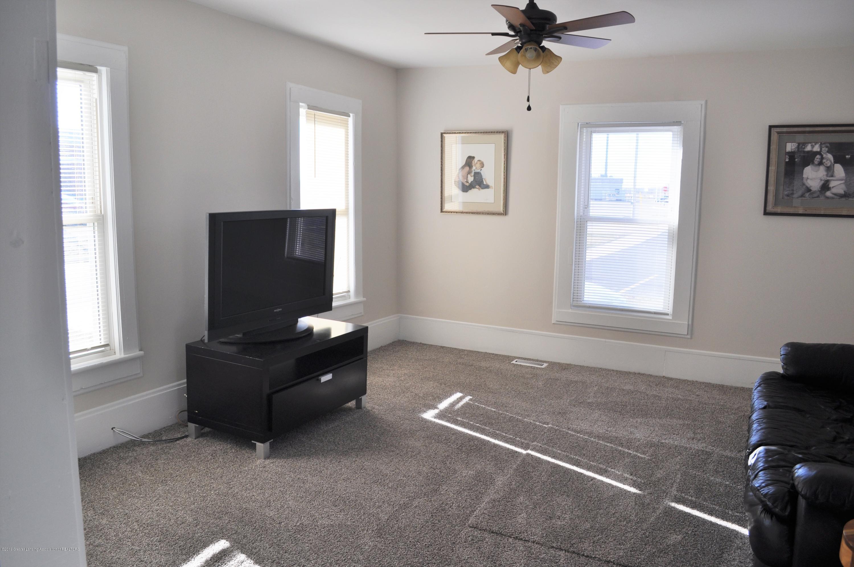 212 S Cottage St - 212 S. Cottage St. Living Room 1 - 7