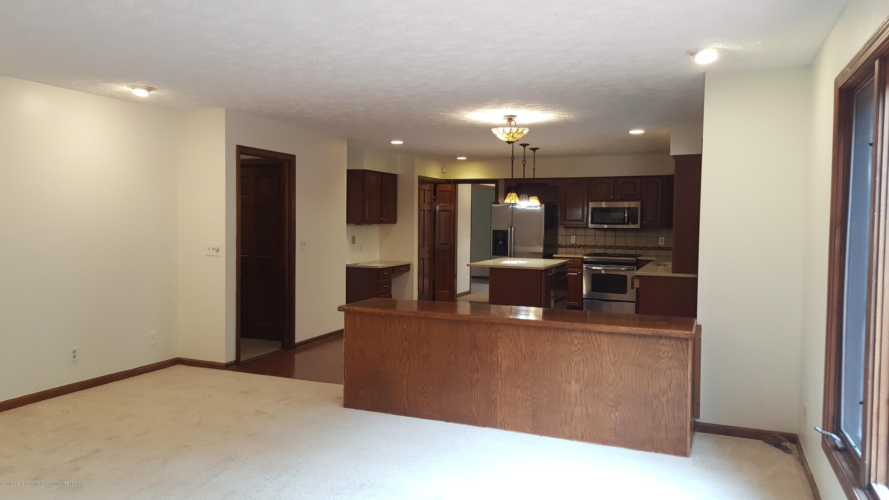 3806 Crooked Creek Rd - kitchen - 5