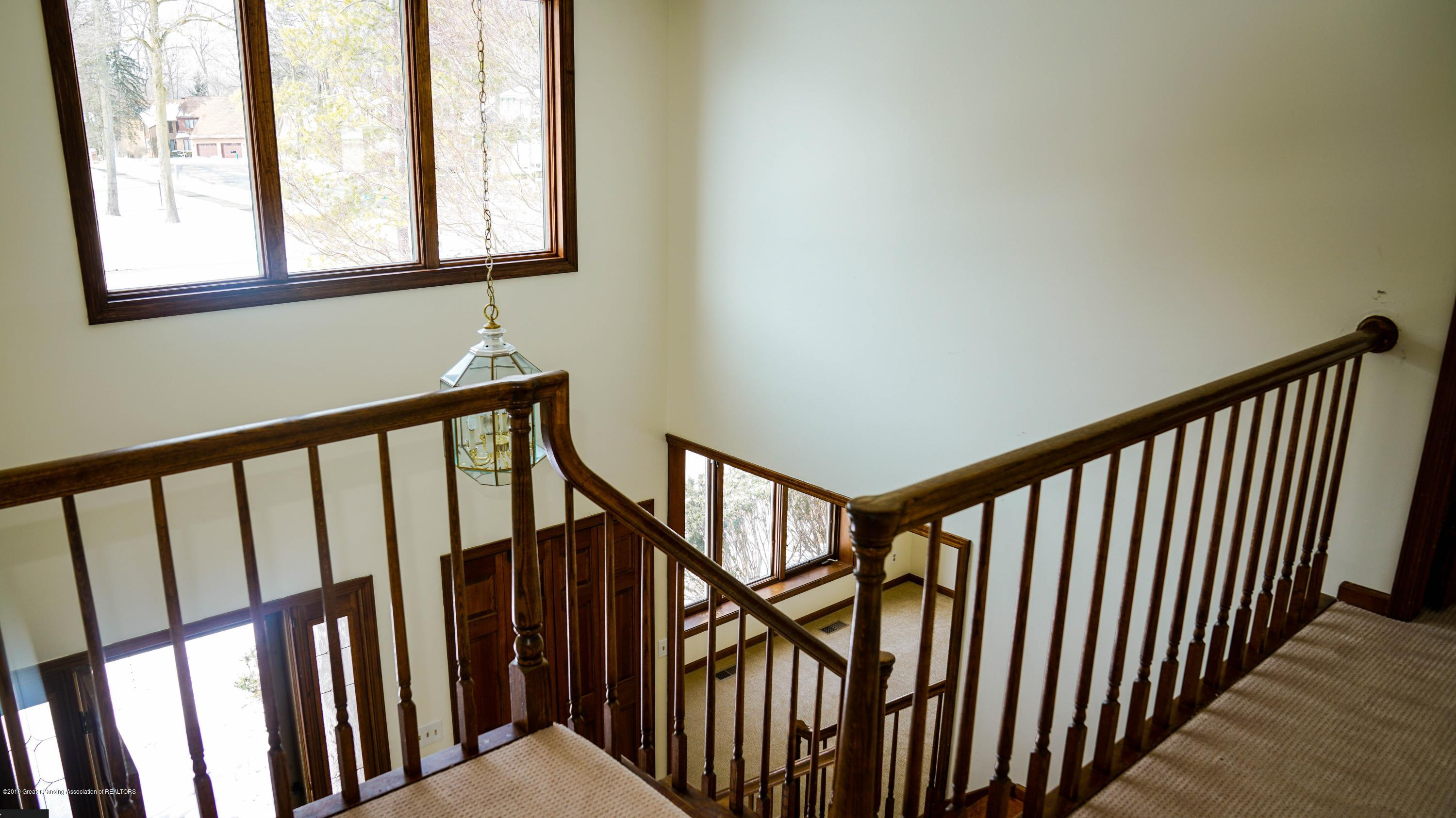 3806 Crooked Creek Rd - railing - 12
