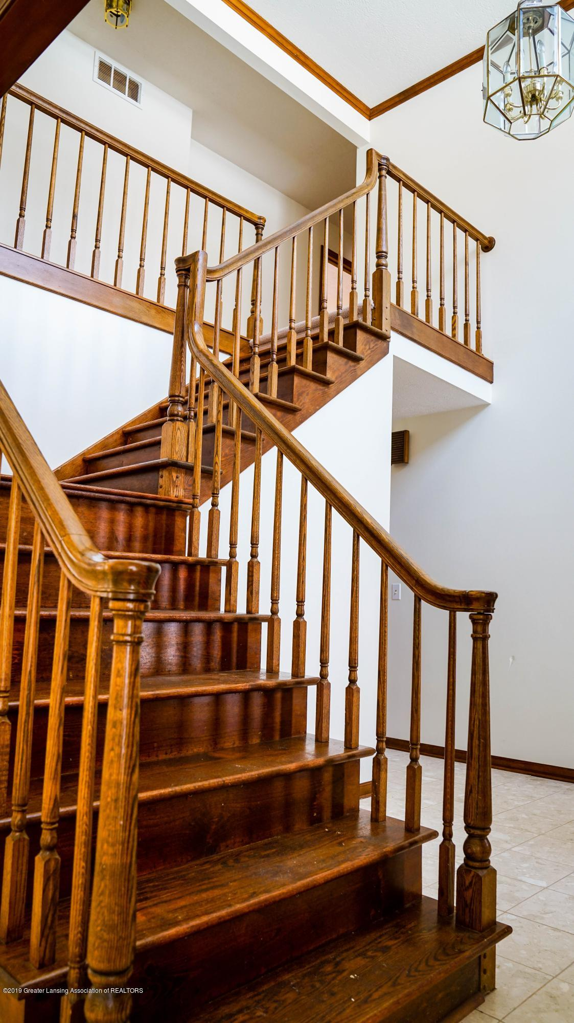 3806 Crooked Creek Rd - stair - 13