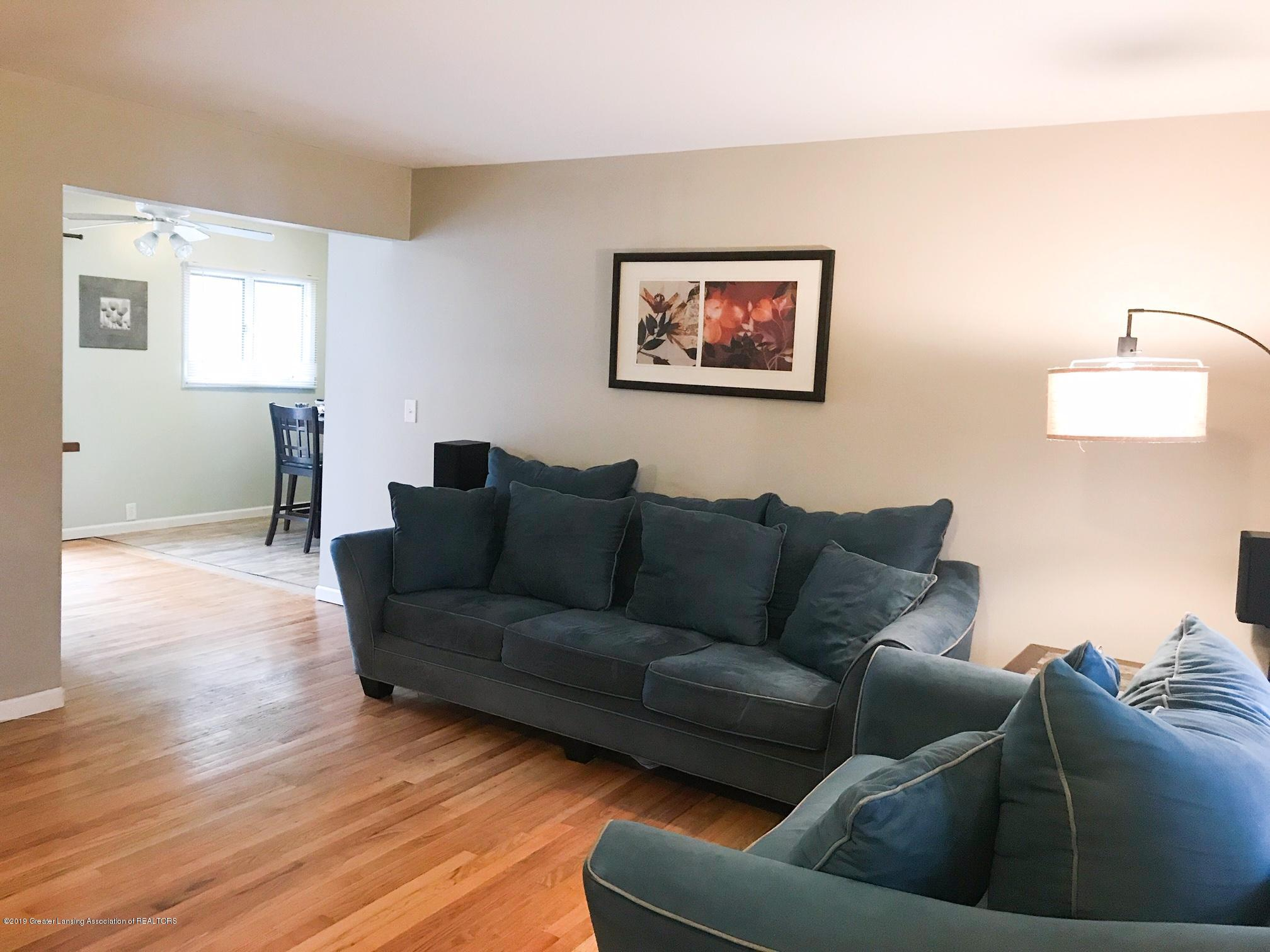 3219 Boston Blvd - living room - 6