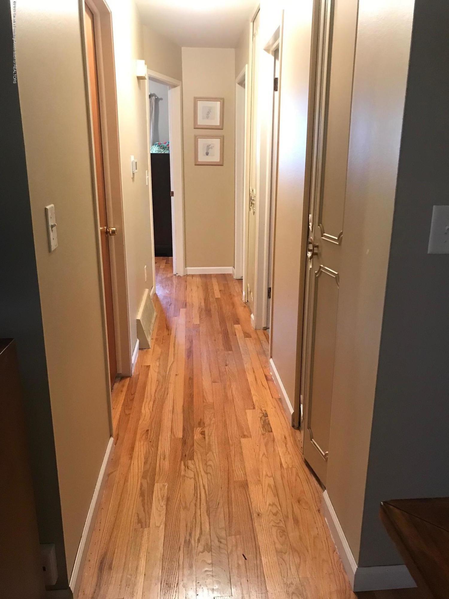 3219 Boston Blvd - hallway - 8