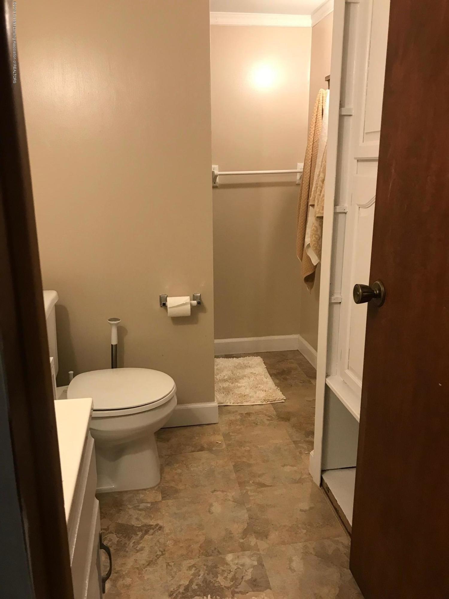 3219 Boston Blvd - bath 2 - 27