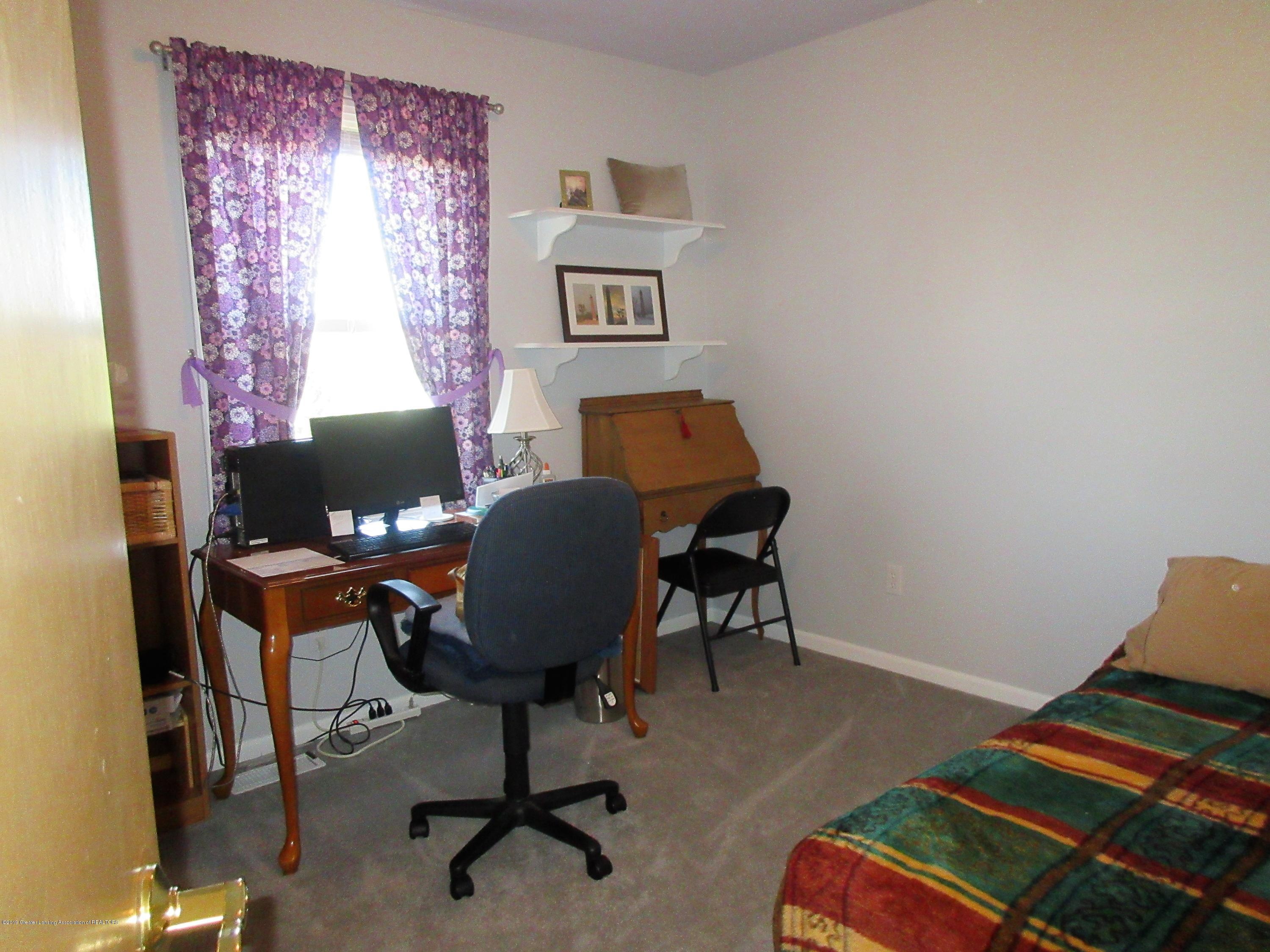 9387 S Hollister Rd - bedroom 3 - 17