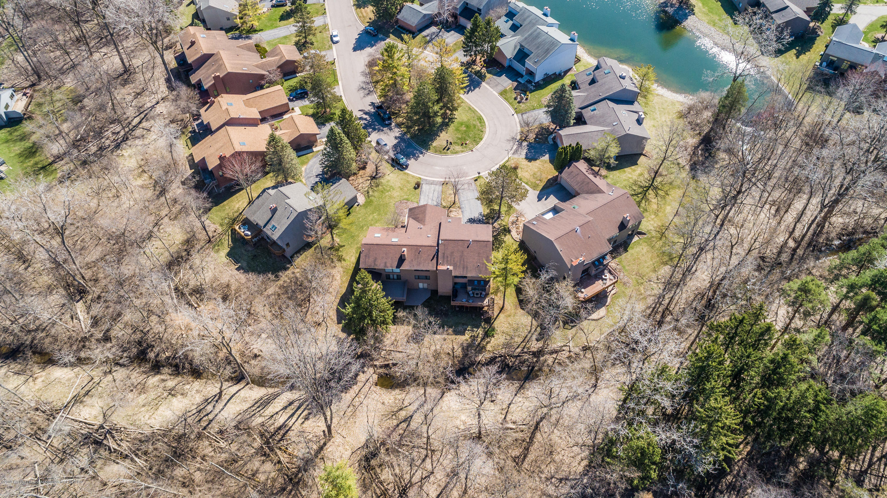 2474 Emerald Lake Dr - EMLL-0229 - 46