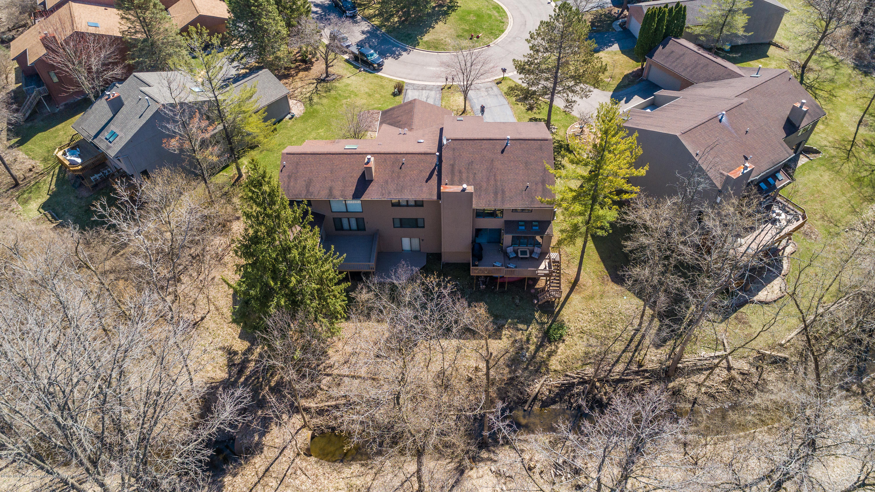 2474 Emerald Lake Dr - EMLL-0233 - 48