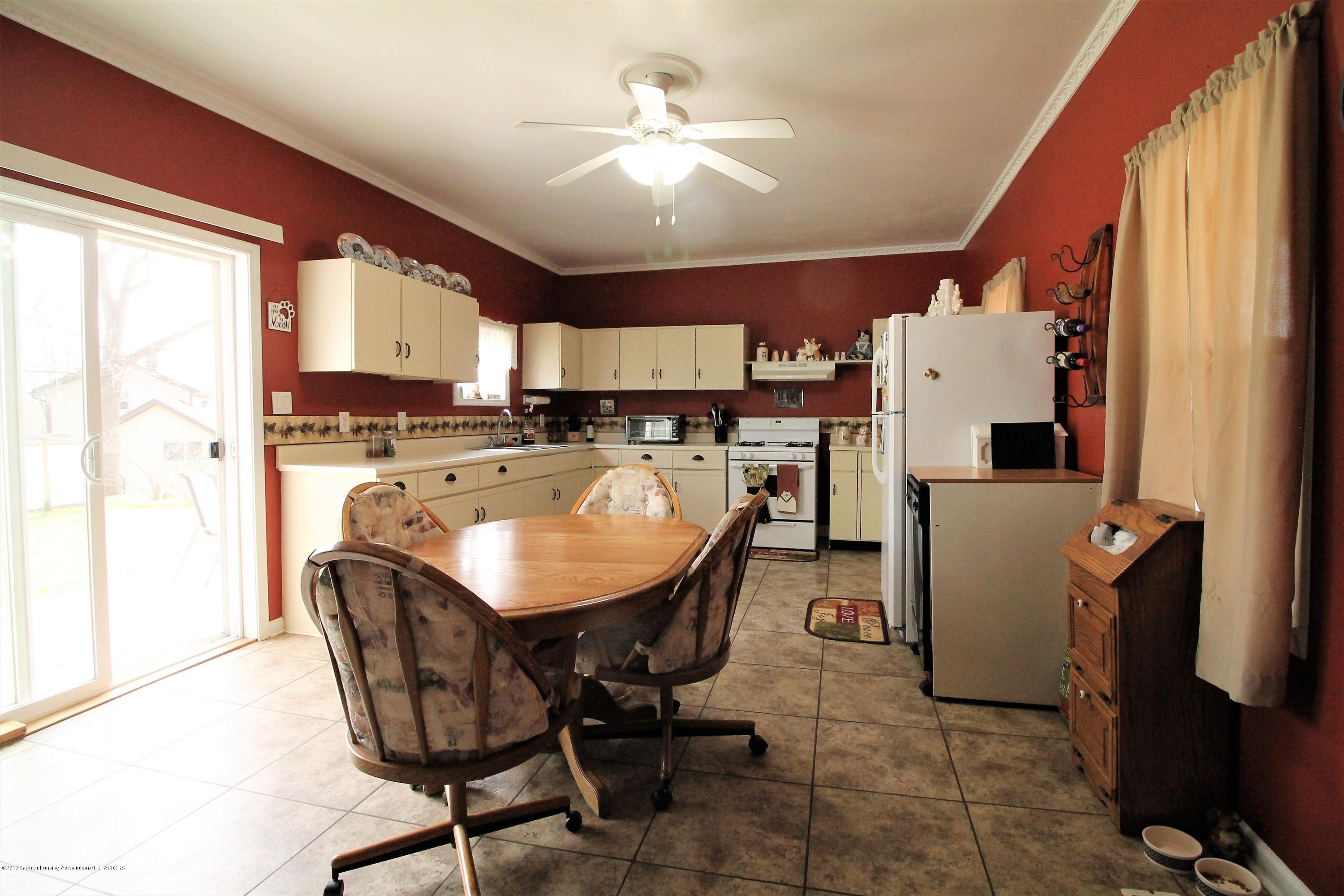 538 Bentley St - Dinning room combo - 5