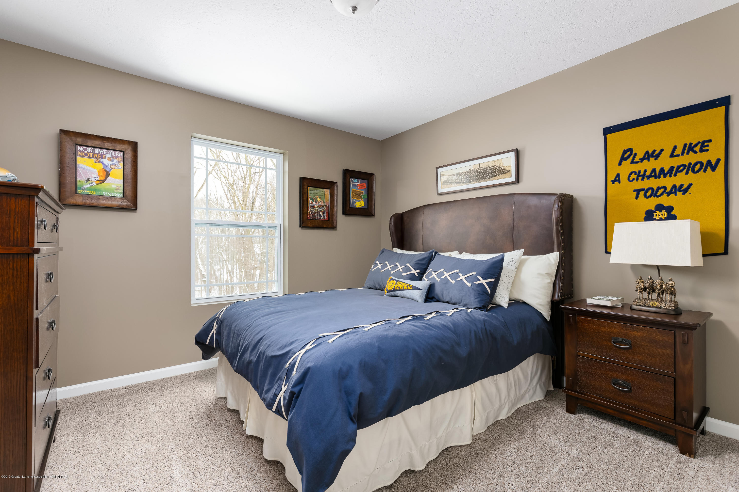 1916 Crossroads Dr - Bed WLC013-E2390-24 - 15