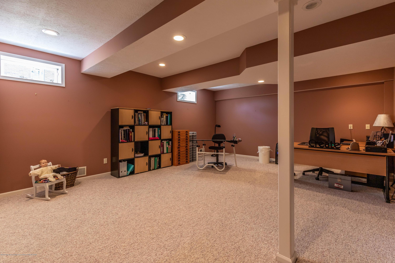 306 W Spring Meadows Ln - Ll bonus room - 61