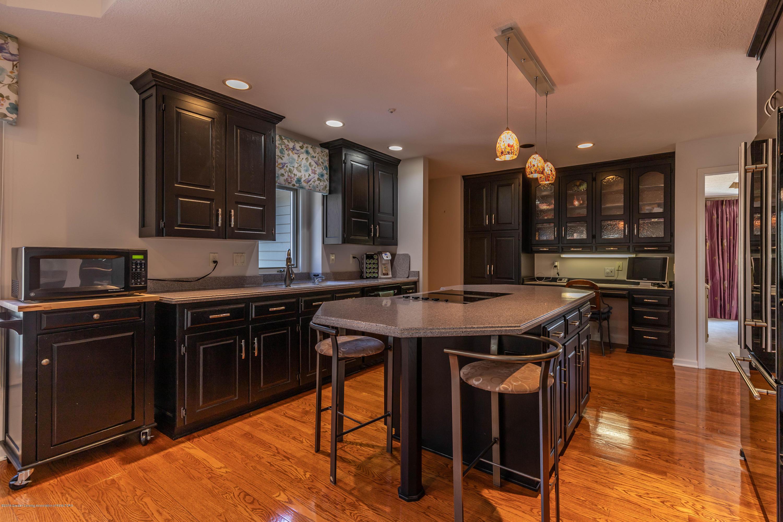 306 W Spring Meadows Ln - Kitchen - 13