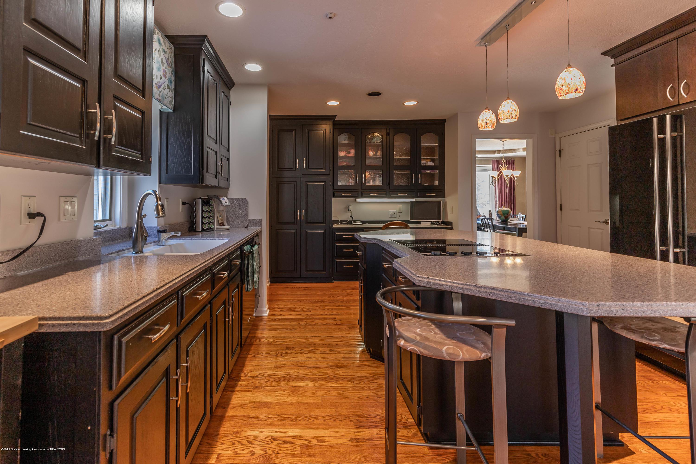 306 W Spring Meadows Ln - Kitchen - 16